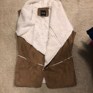 Shade vest like new size M